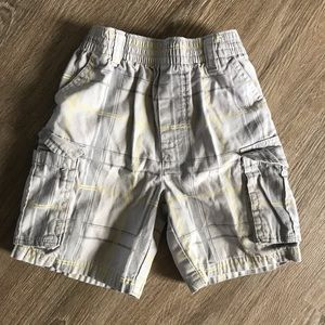 Other - Boys gray plaid shorts size 3T